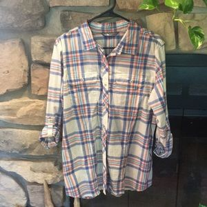 The North Face plaid lightweight flannel!